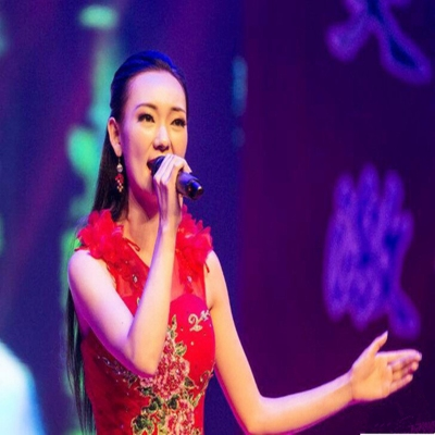 中国女歌手唐冰冰